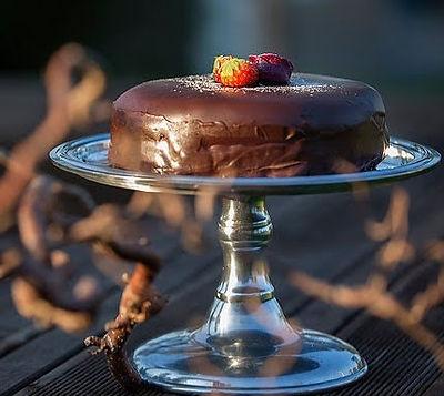 Sjokoladekake_på_stet_edited.jpg