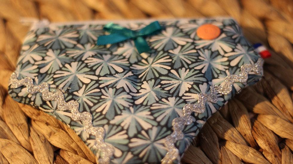 Porte monnaie culotte fleurettes bleues