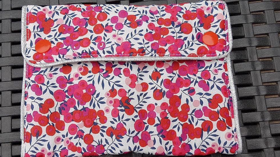 Trousse à barrettes motif liberty groseille rouge