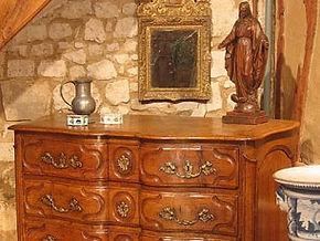 Estimation gratuite pour vendre antiquités, objets et meubles anciens dans les Monts du Lyonnais, à Lyon et dans le Rhone 69