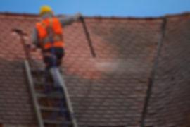 Nettoyage, démoussage et traitement des toitures en Hainaut, Bruxelles, Mons, Charleroi, Namur, Wavre, Nivelles, Liège...