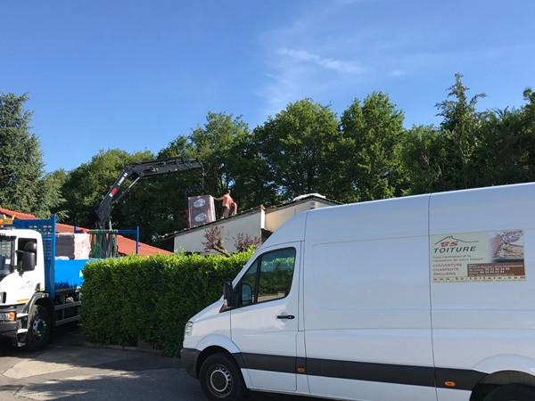 Travaux de renovation de toiture en tuil