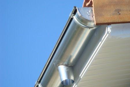 Entreprise de zinguerie GUERDENER artisan zingueur Refection d'une toiture en tole imitation tuile à Brignais, Lyon et tout le Rhone 69