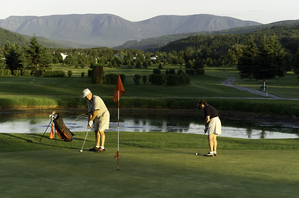 Club de golf-Fderoy-100629-golf et montagne.1.TIF