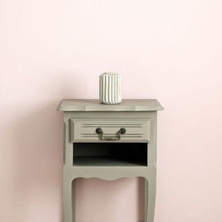 French-Linen-side-table-Antoinette-Wall-
