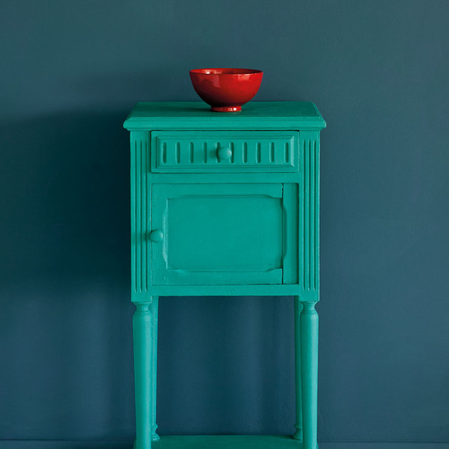 Florence-side-table-Aubusson-Blue-Wall-P
