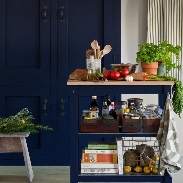 Oxford-Navy-kitchen-image-1-1.jpg