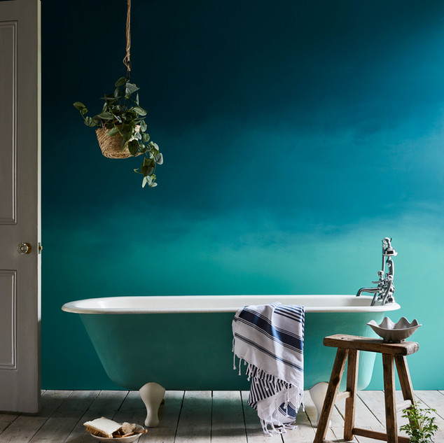 Ombre-bathroom-Aubusson-and-Provence.jpg