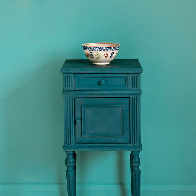 Aubusson-Blue-side-table-Linen-Union-in-