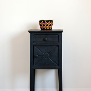Athenian-Black-side-table-Curtain-and-la