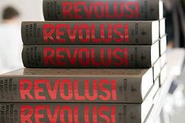 revolusi.jpg
