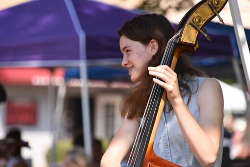 A new  generation of bluegrass musicians