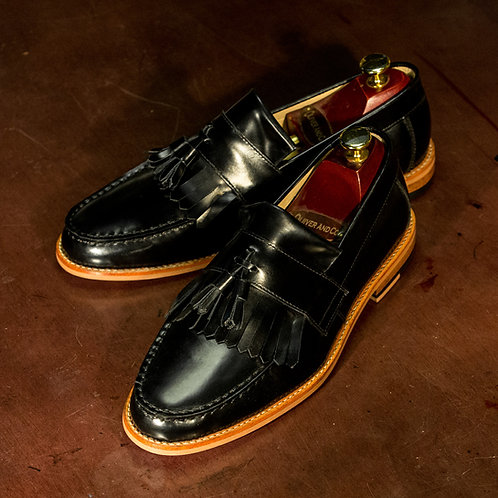 OC 012 - Tassel Classic Loafers in Black