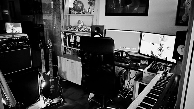 Home sweet home-studio.jpg