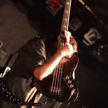 井澤 惇 (LITE/FULLARMOR/カオティックスピード・キング [Ba.])