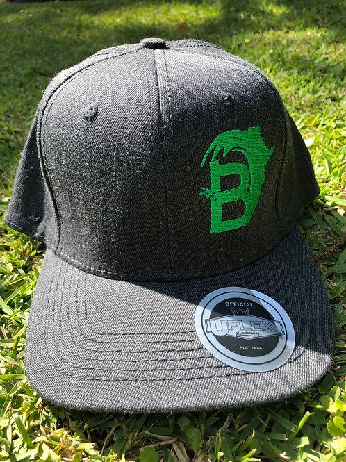 BambooAfrika XL/L grass green charcoal grey B logo Uflex cap