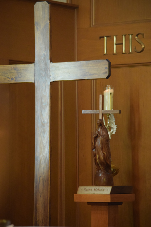 cross and wood statue - small size