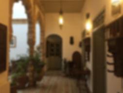 riad le consulat patio historique