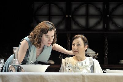Almuerzo en casa de los Wittgentein, De T.Bernhard. Teatro Romea. Con Carmen Machi