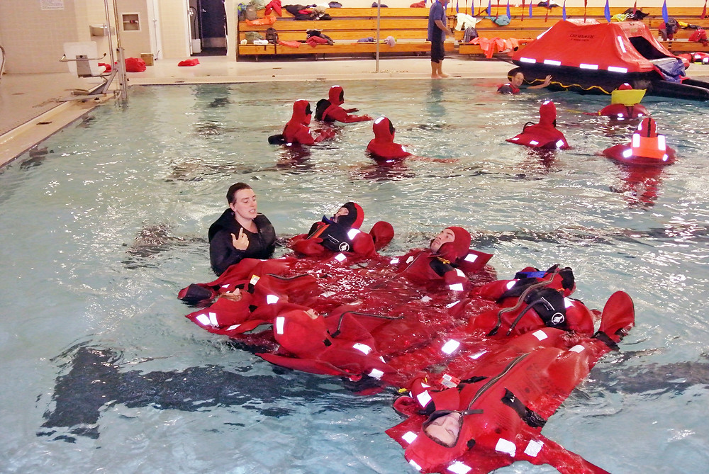 An in-the-water skills practice session is part of many AMSEA marine safety classes.