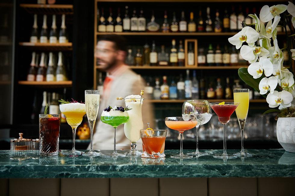 20210723_Oisoi_Cocktails_Group_Lucav2.jpg