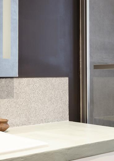 Détail du meuble vasque en beton ciré