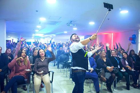 Amor y amistad Nueva EPS-Colombianos Exi