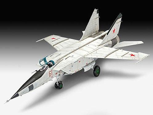 MiG-25 RBT Foxbat B  1/48 - REV 03931