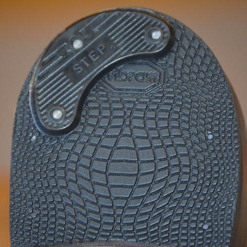 Plastic heel plates