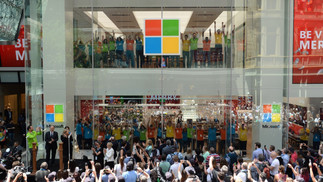 Visionary_Experiential_Creative_Agency_Event_Microsoft Retail_Store Openings_2