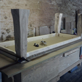 sculpted table assembly