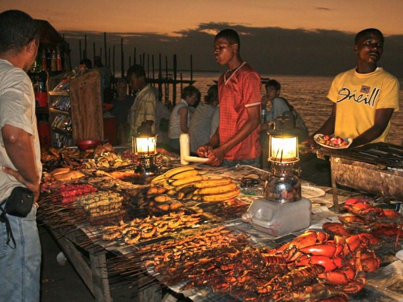 Zanzibar-Foradhani_Market3.jpg