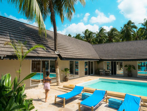 Zanzibar_Apartment_Pool4.jpg