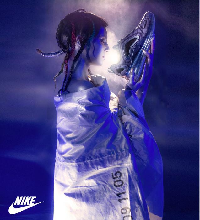 119.03.15_NikeAirmax7203762logo2small.jp
