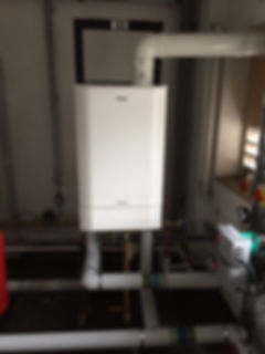 Commercial heating boiler