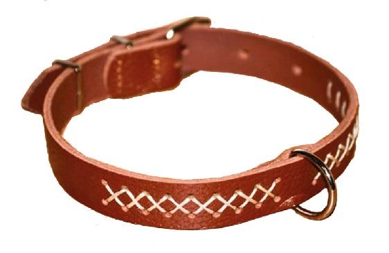 1065 Ошейник кожаный с вышивкой