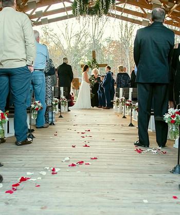 The Ole Oak Barn Wedding Venue, Little Mountain SC