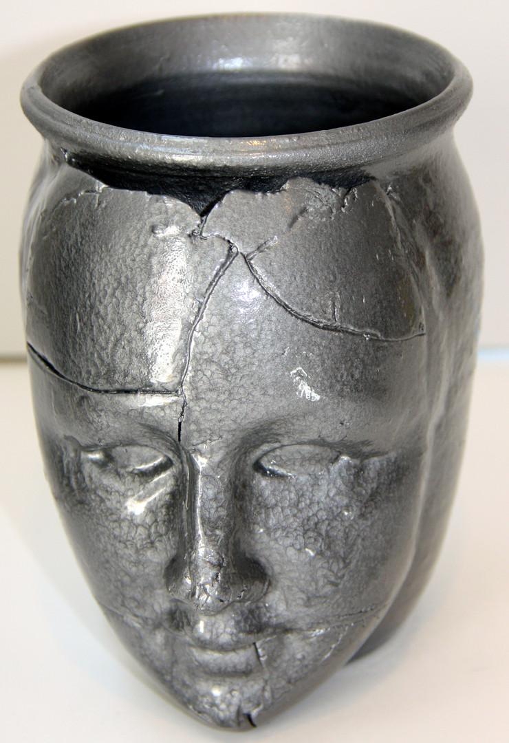 Silver Face Pot