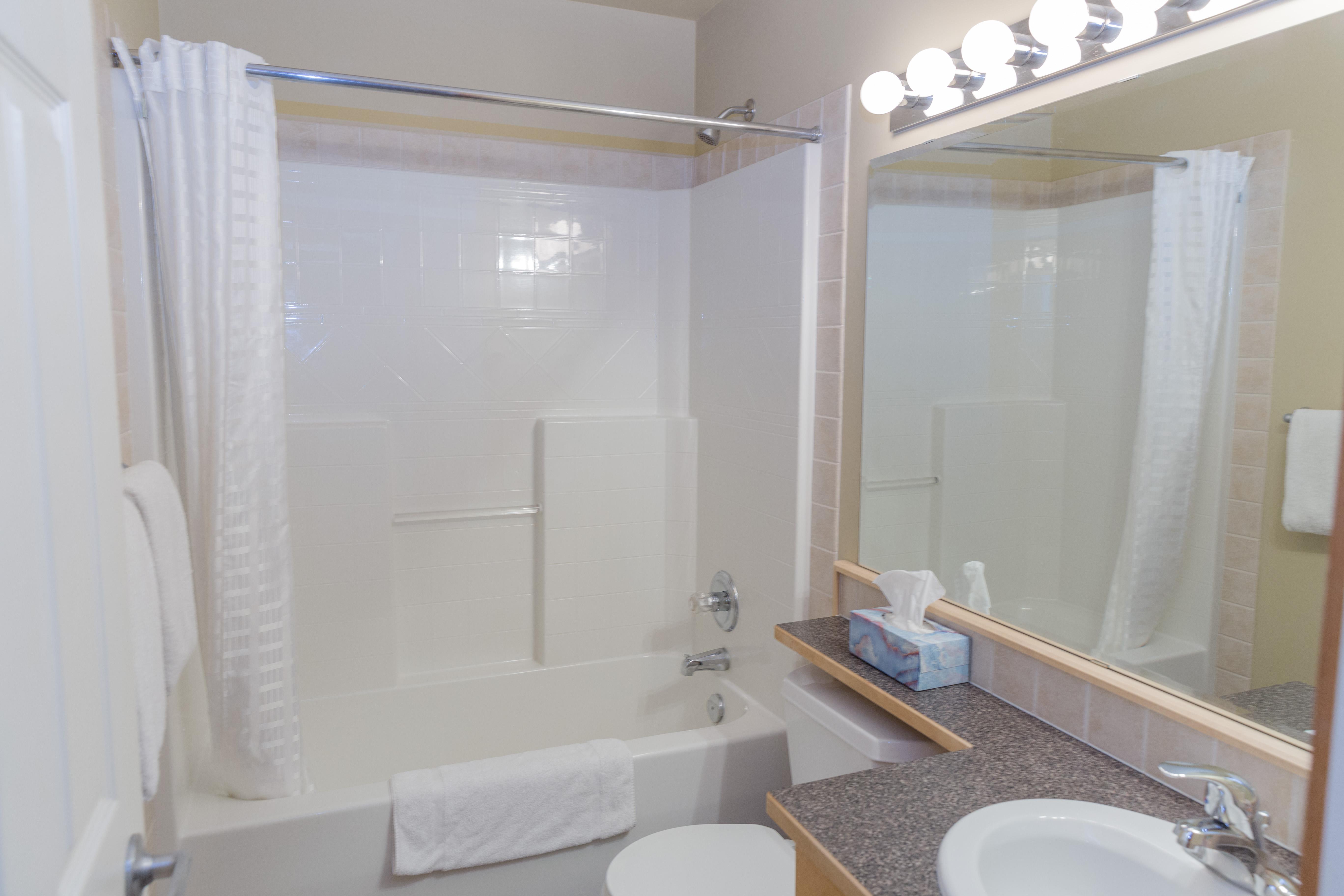 KR411 NL Bathroom2
