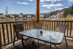 KR411 NL Front Deck to Ski Hill