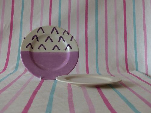 Medium Rimmed Plate