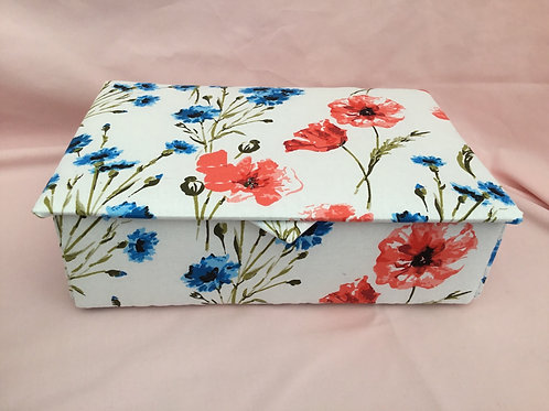 Stationery Box with 6 notelets and envelopes