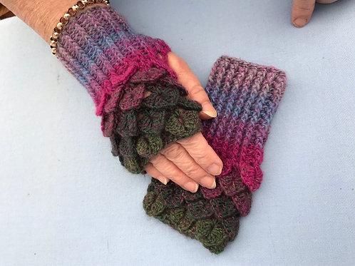 Dragon Scale Gloves - Flat Palm - Capri