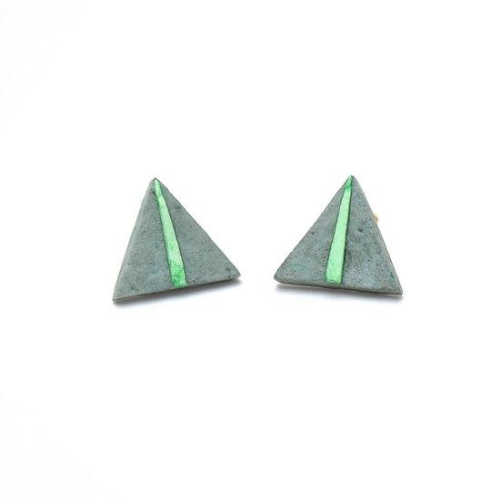 Triangle Paper Studs