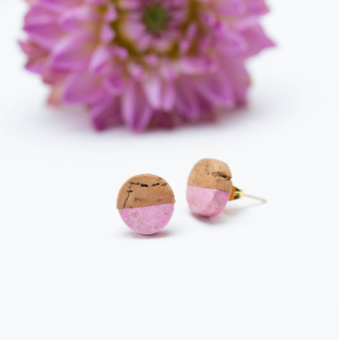 Paper and Cork Studs