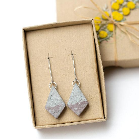 'Plant Dyed' Paper Diamonds