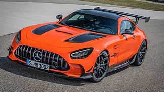 2021-mercedes-amg-gt-black-series-with-a