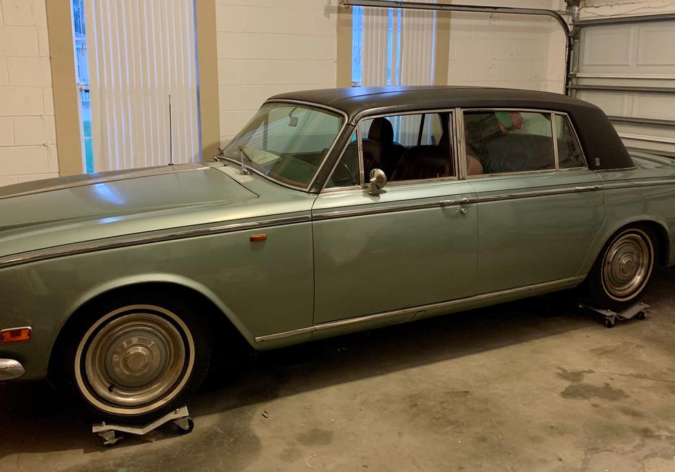 Rolls Royce Silver Shadow 1972.jpg