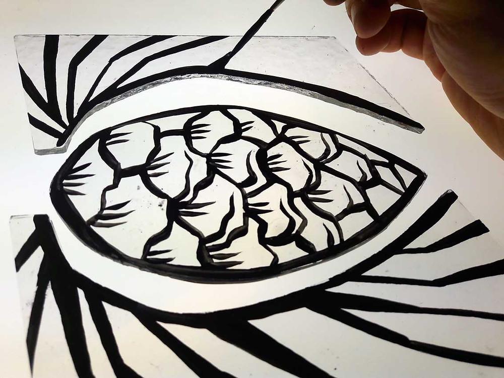 Peinture des traits de contours à la grisaille noire