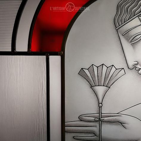 """Vitrail contemporain Art Déco """"La Fleur"""" (détail)"""